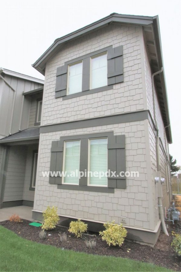 property_image - Townhouse for rent in Hillsboro, OR